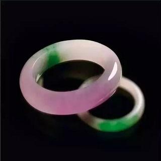 绿紫白三色组成的翡翠好吗