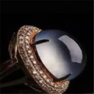 翡翠指环戒指的寓意