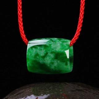 一噸重的帝王綠翡翠值多少錢