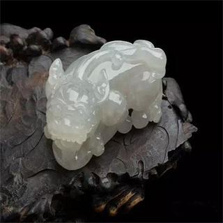糯冰种飘花貔貅翡翠值钱吗