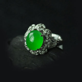 正阳绿玻璃种翡翠戒指价格