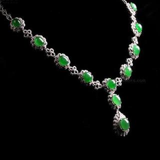 绿翡翠项链价格