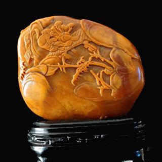 寿山石雕刻在什么上雕刻