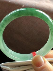 55.8圈老种飘花翡翠手镯,种老水足,完美,尺寸:55.8*11.6*6.8mm,福利,不议[玫瑰