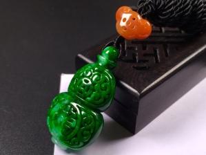 冰糯辣绿雕花葫芦福运牌➕花件项链,完美度达95%以上,超值捡漏价