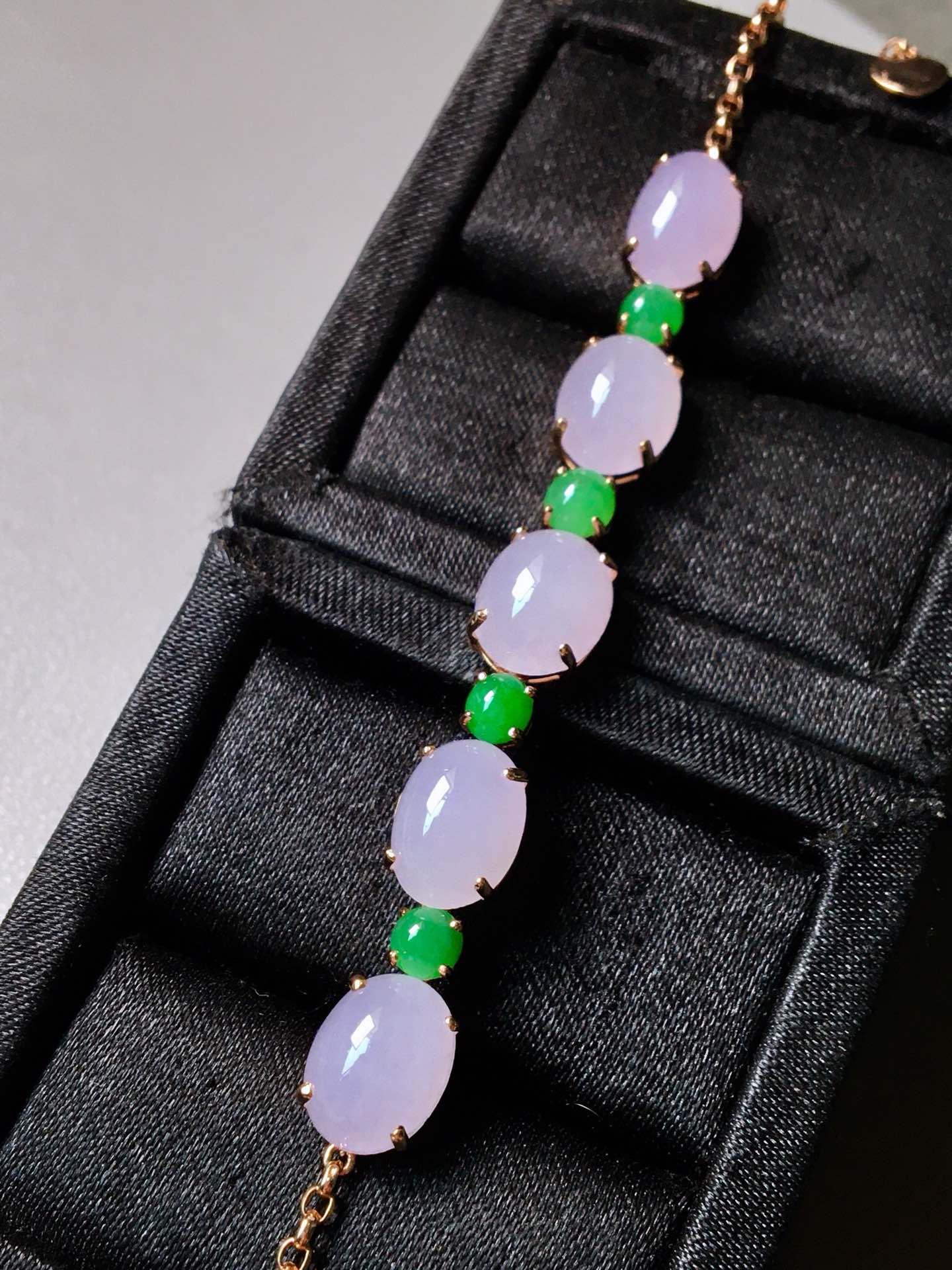 冰种紫罗兰手链。完美。水头足。裸石尺寸11/8.6/5、4.5/4/3
