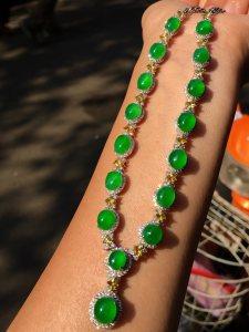 高冰正阳绿晚装链,18k金奢华钻石镶嵌