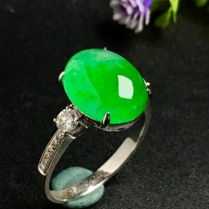 冰阳绿戒指,色阳,戒指内圈17裸石尺寸12-9.5-5,特惠价