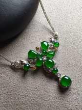 帝王绿蛋面锁骨项链,冰透,色辣,完美裸石:5.6-5.5-3
