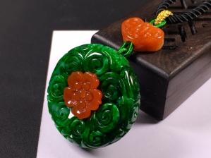 老坑花青辣绿雕花平安扣➕花件项链,完美度达95%以上,超值捡漏价