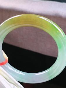 结缘,圈口53.5,圆条手镯,小圈口,黄➕绿,特惠色款,玉质冰润细腻,性价比高,尺寸53.5-10.7-10.2mm