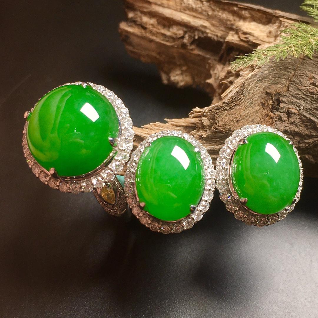 高冰陽綠大蛋面綠蛋套裝,戒指+耳釘