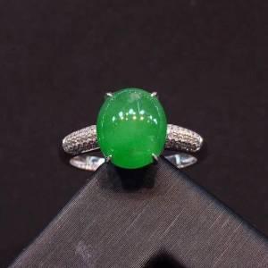 正阳绿色女款戒指,水润,饱满,完美无纹裂,18k白金镶嵌钻石,[爱心