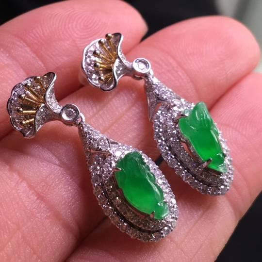 貔貅耳环,18k金镶嵌南非钻石