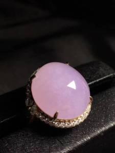 紫罗兰鸽子蛋·《戒指》 可跟刚才那个配1套 1样冰润[色][色